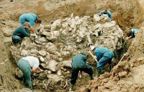 Fossa comune a Srebrenica