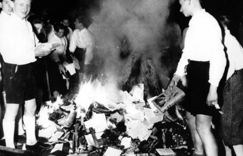Berlino 1935, rogo di libri nazista
