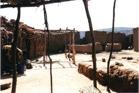 La casa di Soumaïla Goco, febbraio 2003